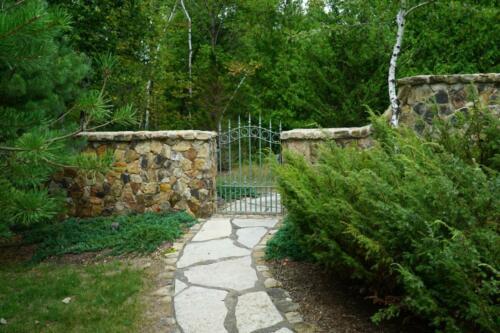 Stone Gate 5